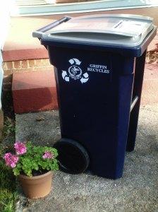 34 Gal Recycling Bin